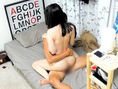 あっ…奥に当たってる…気持ちイイよぉ…  18歳の美少女を連れ込み隠し撮り ...