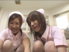 優しそうな看護婦さんたちに囲まれていきなり強制逆レイプされるM男動画www