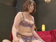 ハーフ系美人な五十路巨乳デブおばさんの3P乱交!