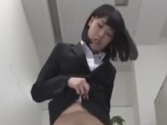 ドSのOL痴女のパンスト顔面騎乗ぜめでいじめられるM男動画
