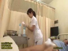 川村あやちゃんのナースコスプレ攻撃で患者は興奮勃起www