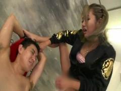 ヤンキー痴女が男性をでかいおっぱいで誘惑逆レイプする動画wwwww