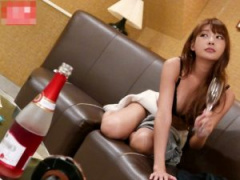 極上の女は生ラブドールみたい 飲みまくって泥酔で。。。 朝までヘベレケ...