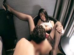 個人撮影 スタイル抜群の人妻と濃厚すぎる不倫セックス イク瞬間の痙攣が...