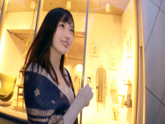 美少女のガッツキSEX 23歳の清楚な美少女 ジュポジュポ濃厚フェラ&大量潮...