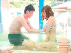 マジックミラー号…あっ…奥までついてぇ〜〜〜! 海水浴場の混浴企画でまさ...