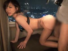 カンパニー松尾が鈴村あいりを高層シティホテルでハメ撮り