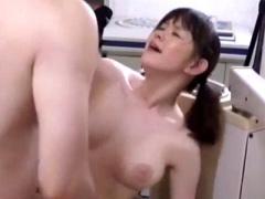 痴女 色白エロ乳首巨乳な女医さんが一人で開業している歯科医院にデカマラ...
