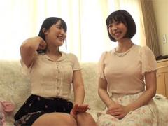 友達同士の素人女子大生が2人っきりの自宅で人生初のイカせ合いレズHに挑戦!