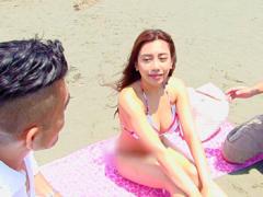 素人ナンパ 夏の湘南で見つけたビキニギャルをガチナンパ! 今年1番の美女...