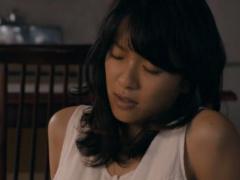 フェチ動画 榮倉奈〇が大物俳優に足を舐め回され感じてる変態動画  芸能人