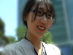 韓国人妻ナンパ ランチタイムの若妻OLをホテルに誘って昼間から不貞セックス!