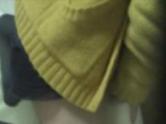 オナニー盗撮 黒髪美少女が自宅ベットでムラムラした身体をオナニーで鎮め...