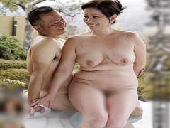 還暦六十路の熟女夫婦の温泉旅行! 豊満巨乳な肉体を揺らし中出しセックス...