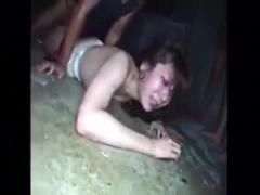 閲覧注意 倉庫で美女が襲われるガチレイプのやばい動画が流出