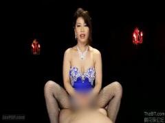 熟女の主観でペニスをフェラチオ責めする動画www