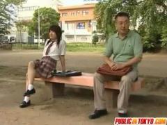 先生となら何でもできます 遠慮なく教え子のJKとトイレでセックスしちゃっ...