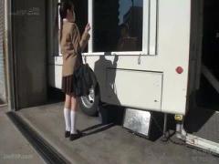 マジックミラー号 mm号 制服姿の可愛い女子校生に声をかけて下着モニター...