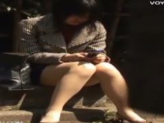 パンチラ盗撮 OLお姉さんの休憩中の股間を覗き見! ! スカートからチラ見え...