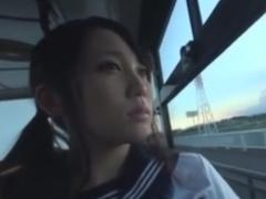 バス通学中に痴漢師に手コキフェラさせられるセーラー服JK動画