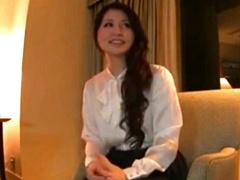 25歳の帰国子女の美人妻とホテルでハメ撮り!
