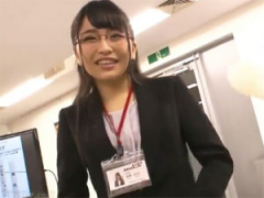 SOD女子社員加藤ももかがハメっぱなしの業務!