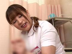 絶倫巨乳看護師が童貞患者を筆おろし&手コキ抜き!
