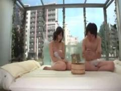 マジックミラー号 女友達と混浴する事になり、巨乳な彼女にフルボッキする男w