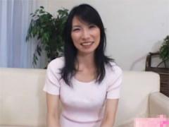 46歳小久保真樹さん 美熟女妻が豹変するセンズリ鑑賞ドキュメント!