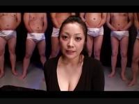 巨乳小向美奈子の顔に精子をぶっかける動画