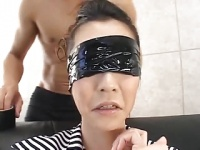 黒髪お姉さん雨宮琴音に顔射する動画
