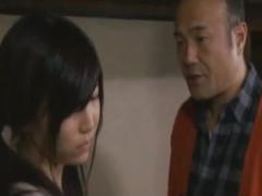 ヘンリー塚本 義父に反抗的な態度ばかり取っていた娘が犯される!