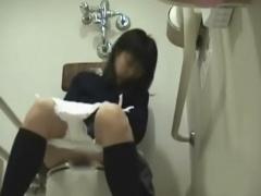 素人盗撮 これが女子高のトイレの日常だぁ! ! JK卑猥オナニー! 放課の一発...