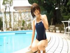 イメージビデオ 笑顔がキュートなショートヘア美少女、意外に巨尻で変態エ...
