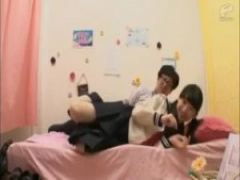 JK添い寝 リフレ店の勧誘に余念のないセーラー服jk姫川ゆうなはまんまとお...