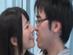 MM号 上原亜衣に童貞卒業を依頼する幸せ者の絶倫セックス