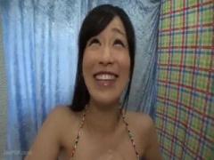 素人ナンパ . 赤ちゃん出来ちゃぅっ..! 海水浴場で危険日らしい美人妻に声...
