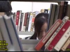 学校帰りの敏感な体のJKを図書館で襲う痴漢!