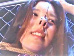 緊縛&鼻フックで美人が台無しなキャビンアテンダント客室乗務員タイプ美女...