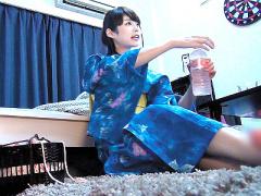 浴衣がシワになっちゃうよ… 戸田恵梨香似の超可愛い浴衣姿の美少女を部屋...
