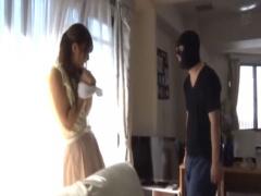 絶対いやぁ! 新婚妻、ストーカーに侵入され妊娠するまでレイプ宣言