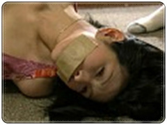 中出しレイプ集団輪姦 家政婦の女と人妻が男達に次々と膣内に流し込まれる