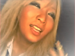 こんがり小麦色の褐色系ヤリマン美ボディー巨乳ギャルセクシー女優がおし...