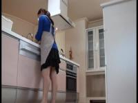 変態趣味の夫が巨乳妻のオナニーシーンを盗撮!