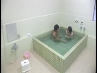 貸し切り風呂でアナタの彼女を浮気させます。 2 vol.1