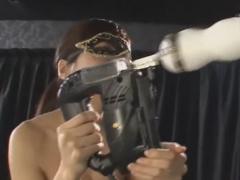 拘束電動オナホコキでM男を調教するボンデージ痴女動画