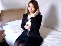 美人で上品な若妻をナンパしてホテルに連れ込み中出し不倫SEXで寝取る!