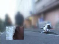路上で人目に晒されながらバイブの刺激でイキ崩れる美少女