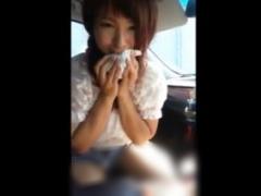 個人撮影 S級素人女子大生が車内でフェラチオ口内射精された生々しいスマ...