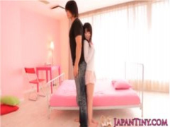 まるでマンガのカップルのような身長差! 長身イケメン×149cmミニマム美女の身長差セックス!